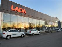 Дилеры Lada сокращают скидки из-за нехватки машин, фото 1