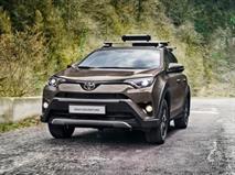 Российскую Toyota RAV4 приспособили к приключениям, фото 1