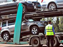 Импорт автомобилей в Россию упал на 13 процентов