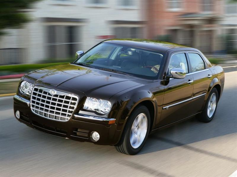 В РФ будет отозвано неменее трёх тыс. авто JEEP иChrysler
