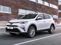 Toyota вернула в РФ дизельный RAV4, фото 1