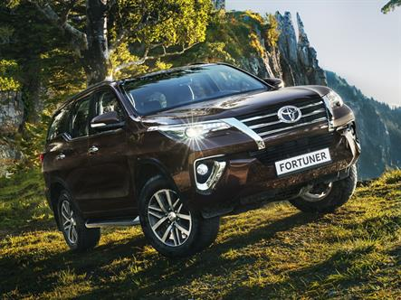 Новый внедорожник Toyota оценили в 2,6 млн рублей