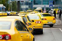 Сотрудников московского дептранса пересадят на такси, фото 1