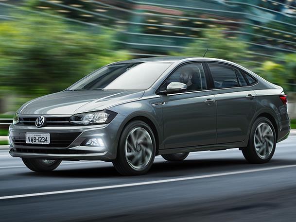 VW представила седан Polo обновленного поколения