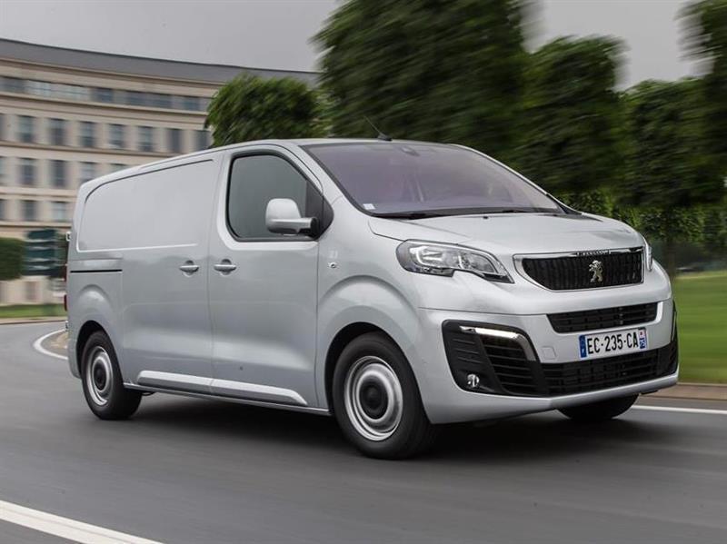Автобизнес  Peugeot Expert и Citroen Jumpy в 2018 году станут ... 6a15900909762