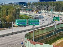 На трассе «Москва – Санкт-Петербург» ввели новый платный участок