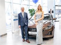 Директором дилерского центра АВИЛОН Hyundai стала «Мисс Россия» Полина Попова, фото 1