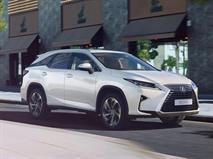 Lexus раскрыл рублевую цену удлинённого RX, фото 1