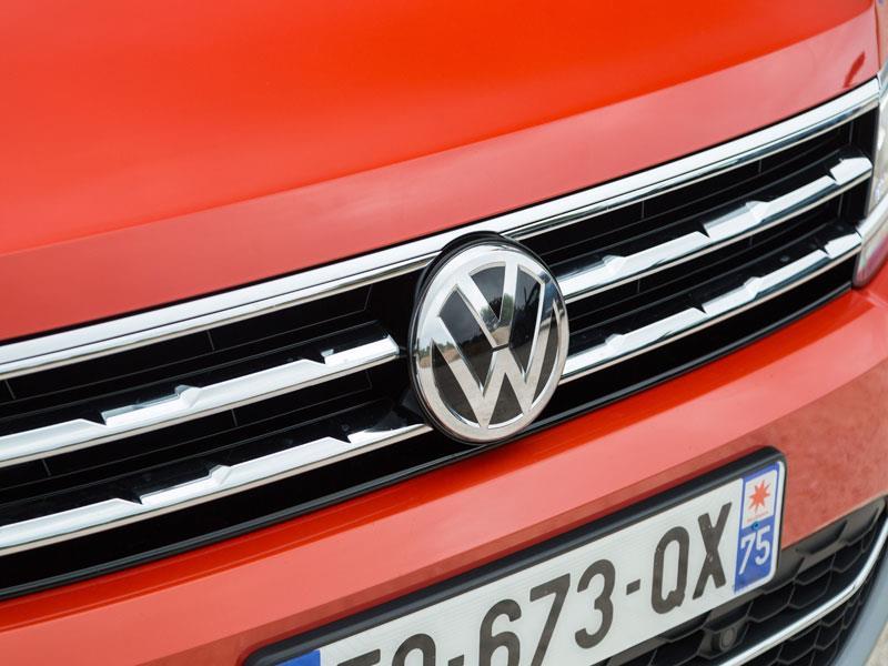 Volkswagen поднял цены на автомобили в России