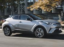 Toyota привезет в РФ конкурента Qashqai в 2018 году, фото 1