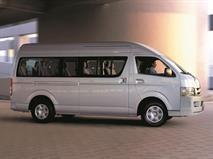 В РФ прекратились продажи Toyota Hiace, фото 1