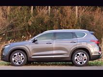 Новый Hyundai Santa Fe показали на видео