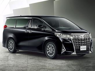 Toyota Alphard обновился и подорожал на 818 тысяч рублей