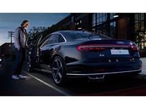 Ваш 41 ассистент. Новый Audi A8 в Ауди Центре Север, фото 1