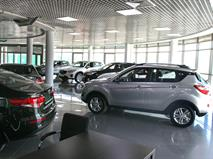 Продажи автомобилей в РФ растут 13 месяцев подряд
