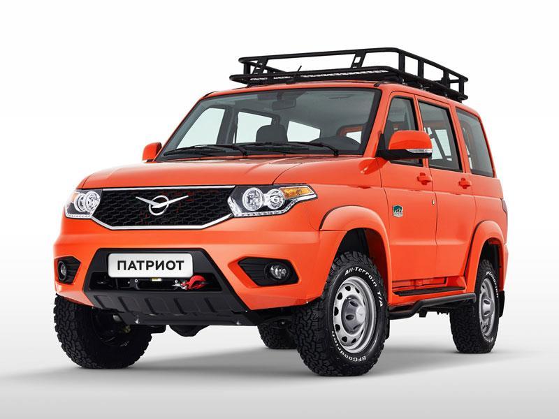 Вседорожный автомобиль УАЗ «Патриот» подготовили ксложному бездорожью