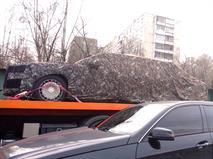 Новый лимузин Путина увезли на эвакуаторе