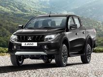 В РФ появился особый Mitsubishi L200 с черным кузовом