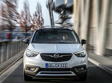 Opel вернется в Россию с переднеприводными кроссоверами и фургоном