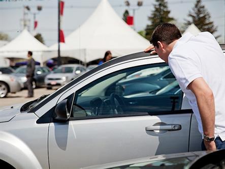 Как выбрать автосалон для покупки машины
