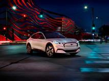 Электрический Mustang привел «Форду» новых клиентов