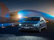 Обновленный Volkswagen Passat наконец-то приедет в Россию, фото 1