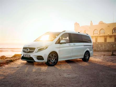 В России объявили повторный отзыв Mercedes V-Class