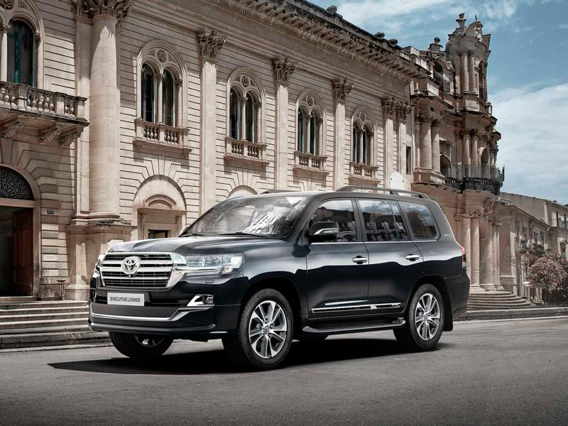 Toyota Land Cruiser сменит поколение годом позже