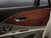 Салон Bentley Flying Spur отделают «объемным» деревом