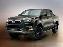 Toyota Hilux получила в России бензиновый мотор, фото 1