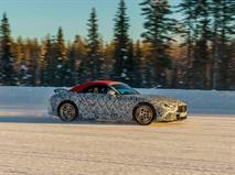 Mercedes показал зимние тесты нового SL, фото 1