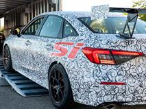 Honda показала новый Civic Si с большим антикрылом, фото 1